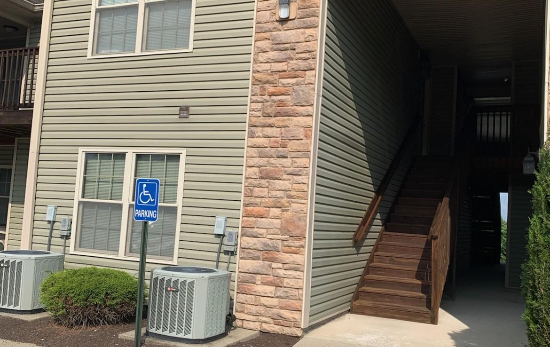 Foxchase Apartments – Ty Lane – 2 br/1 ba – Foxglove Managment